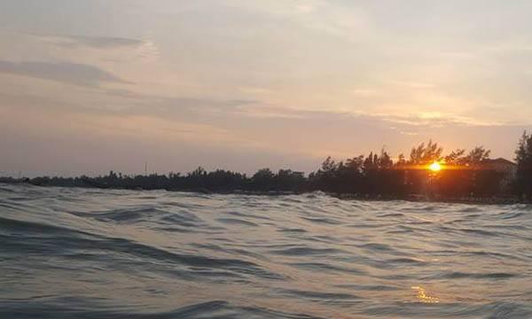 Vẻ đẹp bình yên của vùng biển Trà Cổ - Quảng Ninh