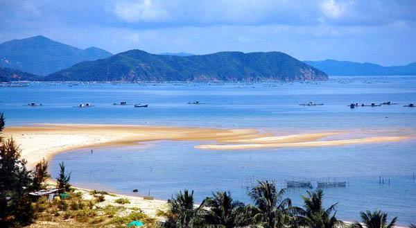 Biển Thiên Cầm đã trở thành điểm du lịch biển nổi tiếng
