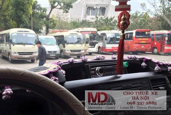 Dàn xe du lịch từ 4 chỗ đến 45 chỗ của công ty Minh Đức