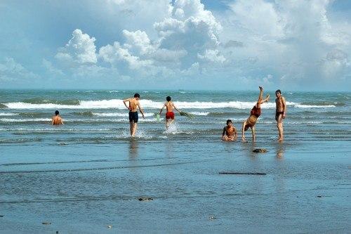Bãi biển Quất Lâm