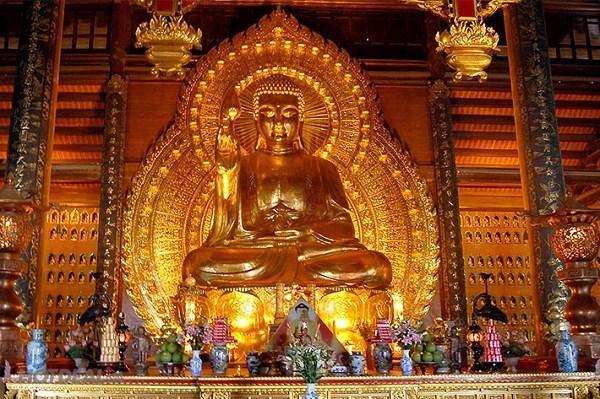Pho tượng Phật tại chùa Bái Đính - Ninh Bình