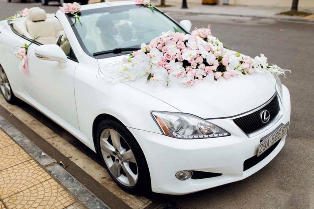 Hãy cân nhắc cẩn thận từ bước lựa chọn hoa trang trí