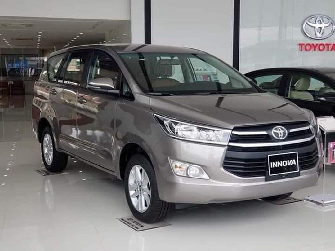 Các đời xe Toyota Innova