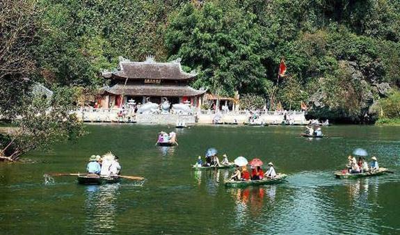 Lưu ý khi thuê xe du lịch chùa Hương mùa lễ hội